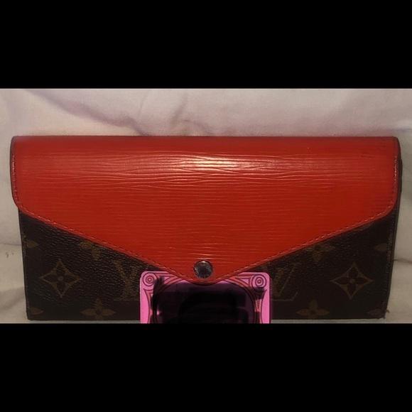 Louis Vuitton Handbags - Lv wallet